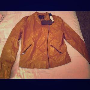✨NWT Mustard Yellow Leather Jacket ✨